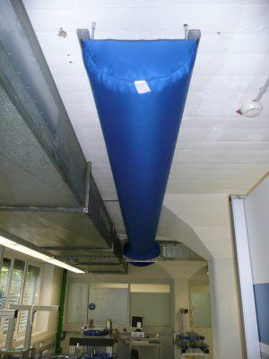 Kienzler-Luftschlauch-Krankenhaus-Labor-08Kienzler-Luftschlauch-Krankenhaus-Labor-03-Textilluftschlauch-Luftverteilsystem